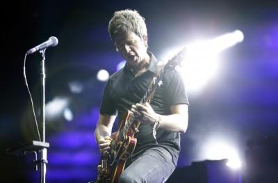 Secondo Noel Gallagher gli One Direction sono dei «succhiacazzi»