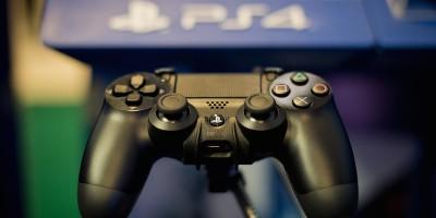 I terroristi e le Playstation 4