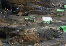 Più di 100 persone sono morte nella miniera franata in Myanmar