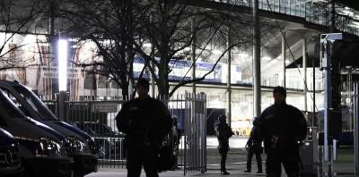 L'allarme bomba allo stadio di Hannover