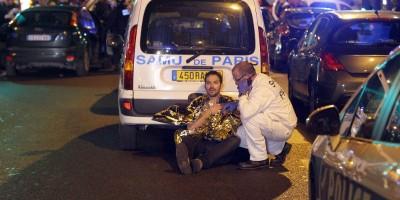 Dentro agli ospedali di Parigi durante gli attentati