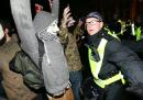50 arresti alla Million Mask March, a Londra