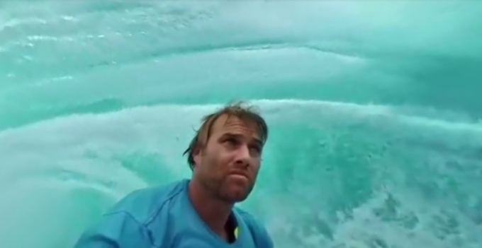 Surf a Tahiti, a 360 gradi