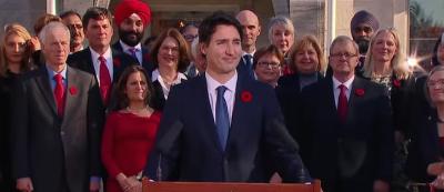 Il motivo per cui il nuovo governo canadese è composto equamente da uomini e donne