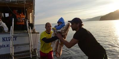 Le foto degli sbarchi a Lesbo