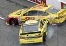 Un discusso incidente in una gara NASCAR