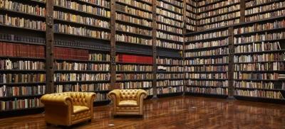 La banca trasformata in biblioteca a Chicago
