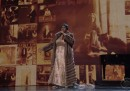 "Il video di Aretha Franklin che canta ""(You Make Me Feel Like) A Natural Woman"" ai Kennedy Center Honors"