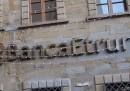 Pier Luigi Boschi, padre di Maria Elena Boschi, è indagato insieme ad altri ex dirigenti di Banca Etruria in un'inchiesta della procura di Arezzo