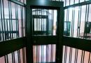 Un detenuto ha registrato le guardie carcerarie che ammettono di averlo picchiato