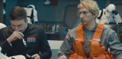 "Kylo Ren che fa il ""Boss in incognito"" al Saturday Night Live"