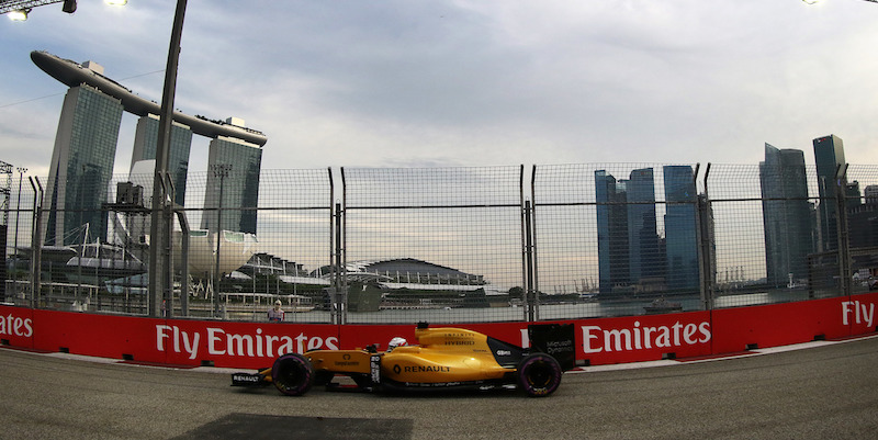 Singapore F1: Rosberg in pole, Vettel ultimo