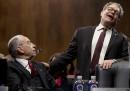 Il senatore statunitense Al Franken, del Partito Democratico, si dimetterà dopo le molte accuse di molestie sessuali