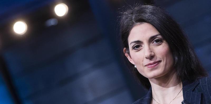 """La decisione del Tribunale di Roma sul """"contratto"""" di Virginia Raggi"""