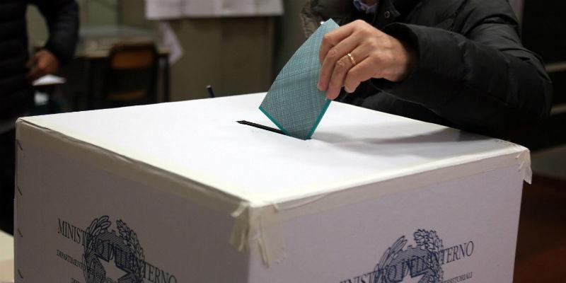 Elezioni oggi