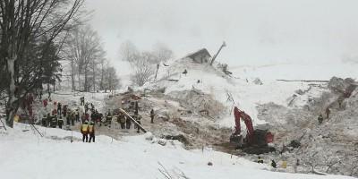 Ci sono 23 avvisi di garanzia per i fatti dell'Hotel Rigopiano, dove morirono 29 persone a causa di una valanga