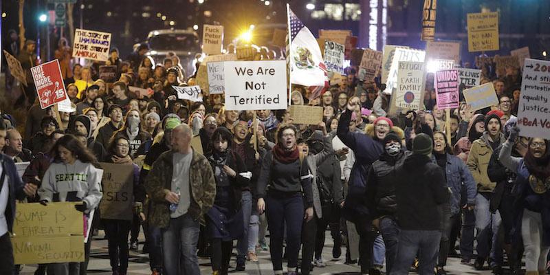 Le proteste contro Trump, in fotografie - Il Post
