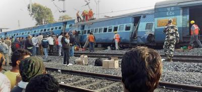Almeno 36 morti nel deragliamento di un treno in India
