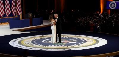 Le foto della serata di Donald Trump