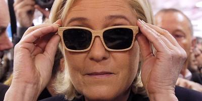 Marine Le Pen deve dei soldi all'Europa