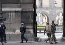 Un soldato ha sparato a un uomo che lo aveva aggredito a Parigi