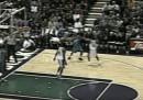 Il canestro segnato da più lontano nella storia della NBA, 16 anni fa