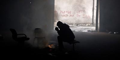 Migranti a Belgrado fotografati da un Pulitzer