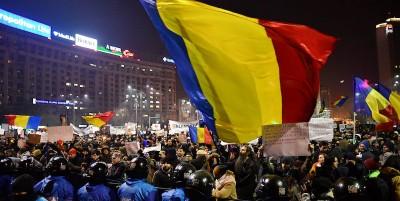 In Romania ci sono le più grandi proteste di piazza dalla caduta del comunismo