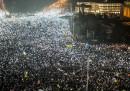 In Romania le proteste continuano