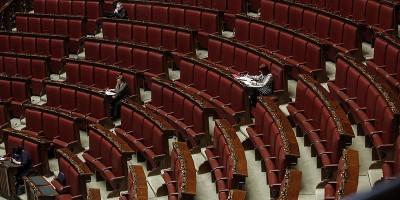 """Perché c'era l'""""aula deserta"""" durante la discussione della legge sul testamento biologico"""