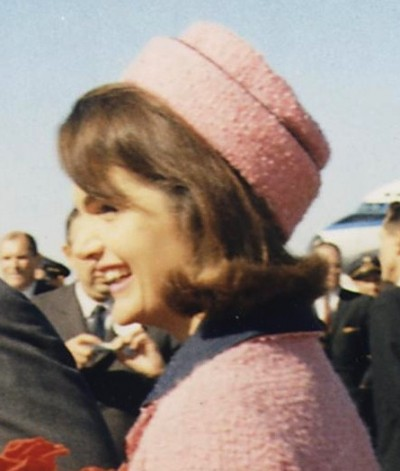 Kennedys_arrive_at_Dallas_11-22-63_crop_headshot