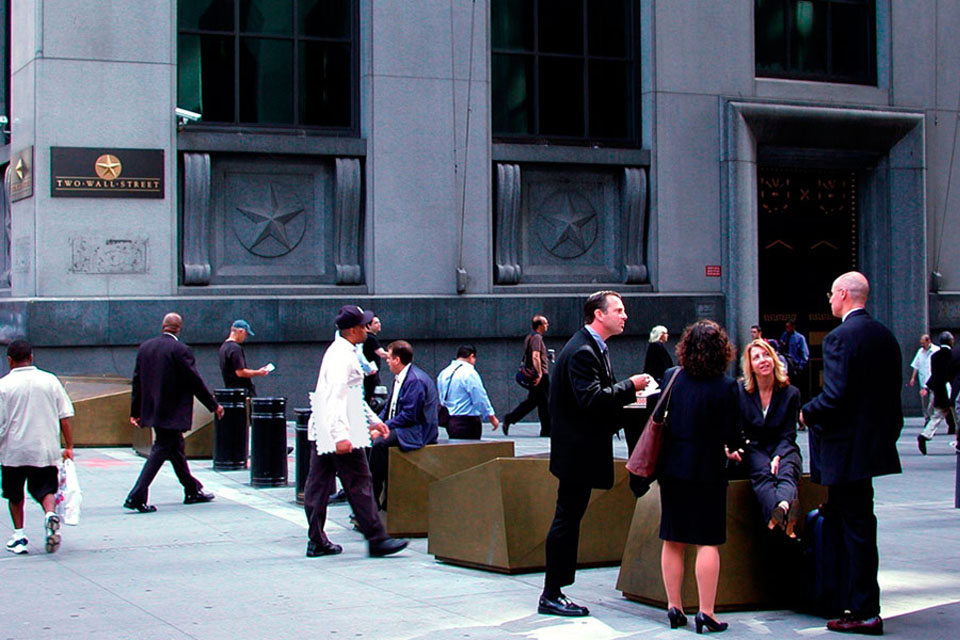 NY-Stock-Exchange-Streetscapes-Security-09
