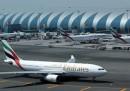 Il divieto di laptop e tablet sugli aerei deciso da Stati Uniti e Regno Unito