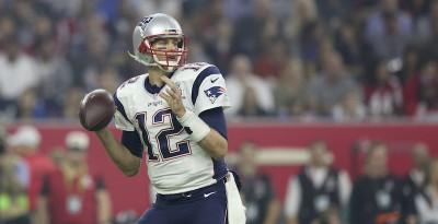 L'FBI ha ritrovato una maglia di Tom Brady che vale mezzo milione di dollari