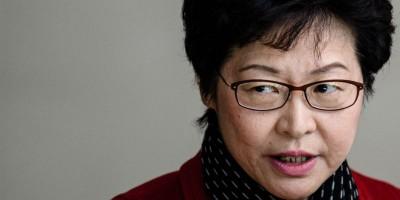 Il difficile inizio della nuova governatrice di Hong Kong