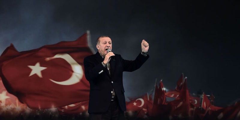Perché Erdoğan sta litigando con tutti in Europa - Il Post