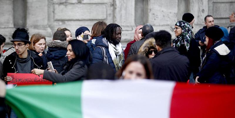 Milano, Flash mob sostegno ius soli