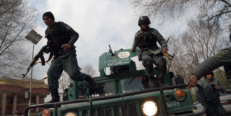 Kabul, attacco a ospedale militare