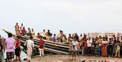 Un elicottero ha affondato una barca su cui viaggiavano dei migranti somali