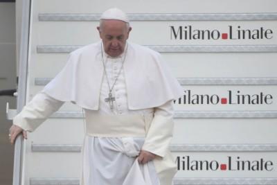Le foto della visita del papa a milano il post - Papa bagno chimico ...
