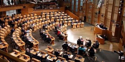 Il Parlamento scozzese è a favore di un nuovo referendum sull'indipendenza della Scozia