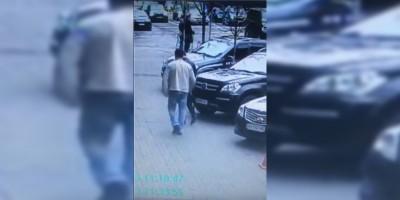 Il video dell'omicidio di un ex parlamentare russo anti-Putin a Kiev