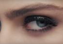 Questa pubblicità di Rimmel con Cara Delevingne ha esagerato