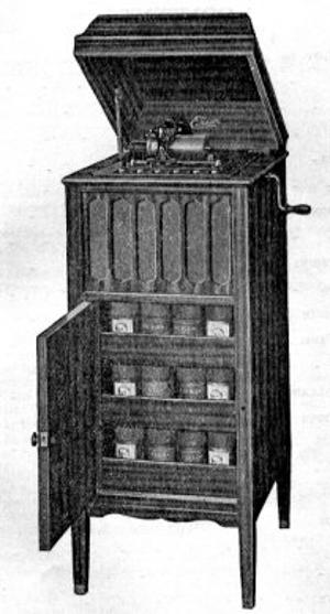 """Il fonografo Edison """"Amberola 75"""". (Wikipedia)"""