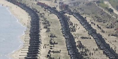 Le foto di una grande esercitazione militare in Corea del Nord