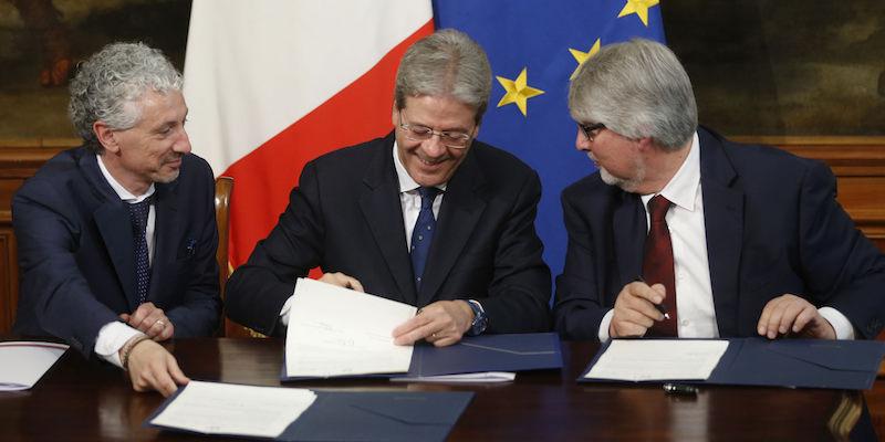 Palazzo Chigi, firma del Memorandum contro la povertà