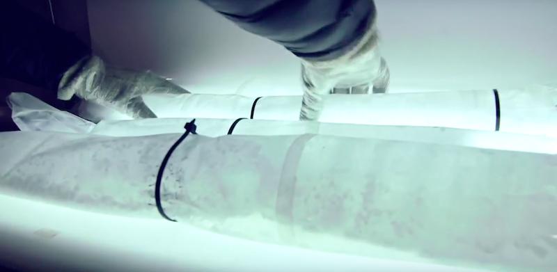 In un archivio canadese che custodisce ghiaccio for Cabine di pesca nel ghiaccio alberta