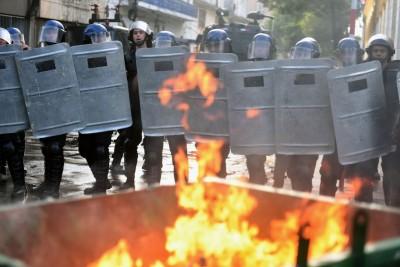 Risultati immagini per Il parlamento del Paraguay è stato incendiato