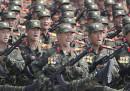 Le foto della minacciosa parata militare in Corea del Nord