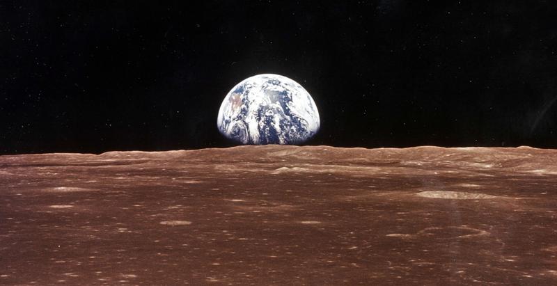 La Terra vista dalla Luna. (NASA/Newsmakers)